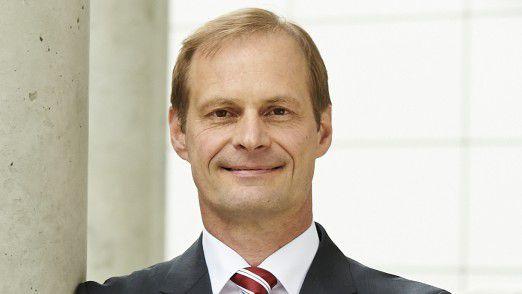 """""""Indem wir verschiedene Cloud-Lösungen mit einem strategischen Kern kombinieren, erschließen wir neue Geschäftspotenziale und werden bei der Implementierung noch flexibler"""", sagte CIO Jürgen Sturm von ZF Friedrichshafen."""