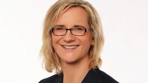 Jana Brendel ist Wirtschaftsinformatikerin bei der Deutschen Bank und hat selbst jahrelang als Entwicklerin gearbeitet.