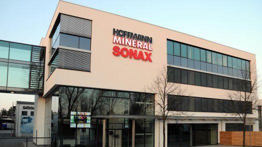 Der Mittelständler Sonax aus Neuburg an der Donau ist Teil der Unternehmensgruppe Hoffmann und stellt Autopflegeprodukte her.