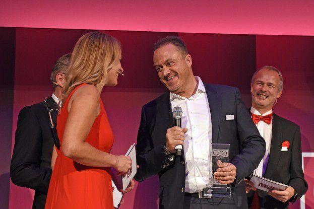 Glücklicher Gewinner: Thorsten Pawelczyk ist CIO des Jahres 2017 in der Kategorie Mittelstand.