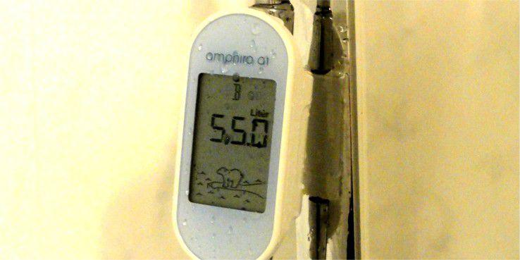 """55 Liter Wasserverbrauch, das ist alles andere als sparsam. Deshalb vergibt das Amphiro A1 an dieser Stelle auch nur die Energieeffizienz """"B""""."""