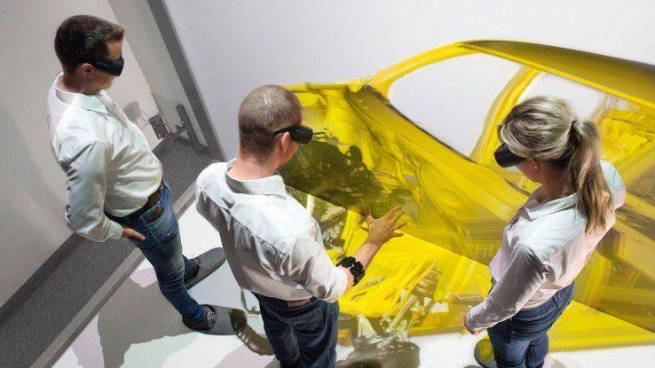 Insbesondere die Autoindustrie experimentiert mit Virtual-Reality-Lösungen. Bei Audi testet man derzeit ein CAVE-basiertes VR-Tool zur virtuellen Montage.