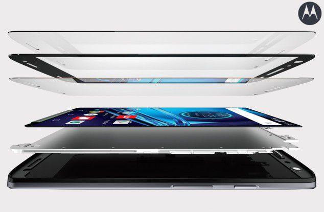 Beim Motorola Droid Turbo 2 sollen fünf Schichten dafür sorgen sollen, dass Stürze dem Smartphone-Bildschirm nichts anhaben.