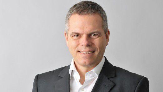 "Andreas Lamken, CIO von RWE Generation, erhielt den IT Innovation Award 2016 für ""Maintenance Goes Digital""."