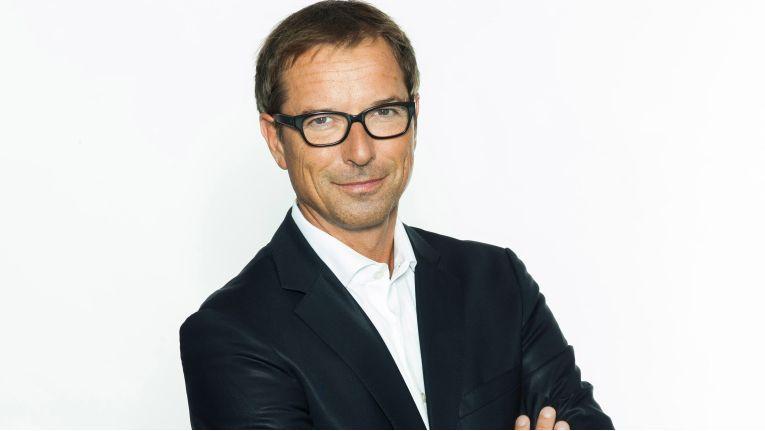 Ricardo Diaz Rohr ist CIO der Media-Saturn-Holding sowie CEO der Media-Saturn IT Services GmbH. Mit einem Nettoumsatz von 21 Milliarden Euro und rund 65.000 Mitarbeitern im Geschäftsjahr 2013/14 ist die mehrheitlich zur Metro AG gehörende Gruppe in 15 Ländern vertreten.