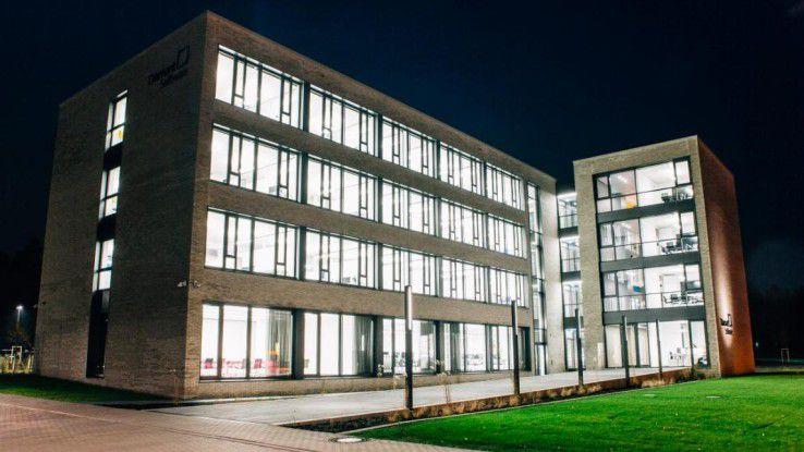 Das neue Bürogebäude soll durch seine offen angelegten Flächen dafür sorgen, dass sich die Mitarbeiter auf allen Ebenen besser austauschen können.