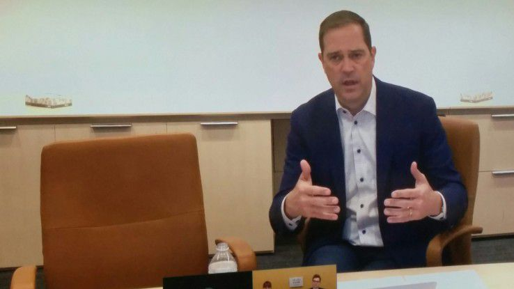 Cisco-Boss Chuck Robbins investiert 500 Millionen Dollar in Deutschland Digital.