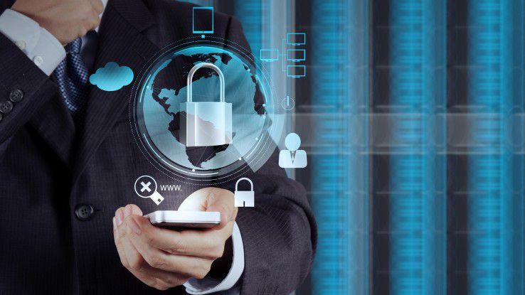 Eine einfache Definitionen beschreibt einen Trojaner als eine Software, die heimlich auf Rechnern installiert wird, ohne dass der Nutzer das bemerkt.