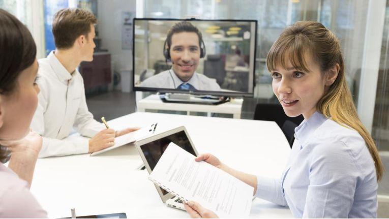 Video-Collaboration-Lösungen ermöglichen orts- und zeitunabhängige Zusammenarbeit.