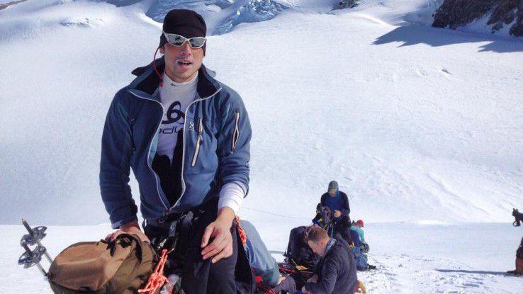 Steve Kroeger motiviert Manager dadurch, dass er mit ihnen den Kilimandscharo besteigt.