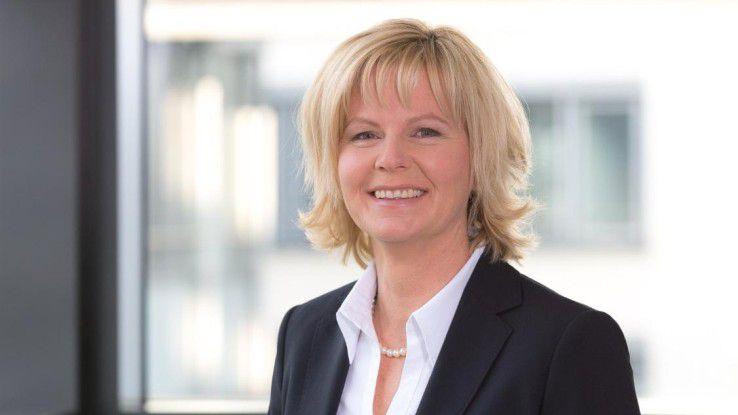 Annette Maier verantworet die Geschäfte von VMware in Deutschland und diskutiert auf der Karrieremesse hercareer mit CW-Redakteurin Alexandra Mesmer.