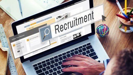 Im Recruiting haben IT-Arbeitgeber im Bereich soziale Medien und Mobile Recruiting deutlich aufgeholt.