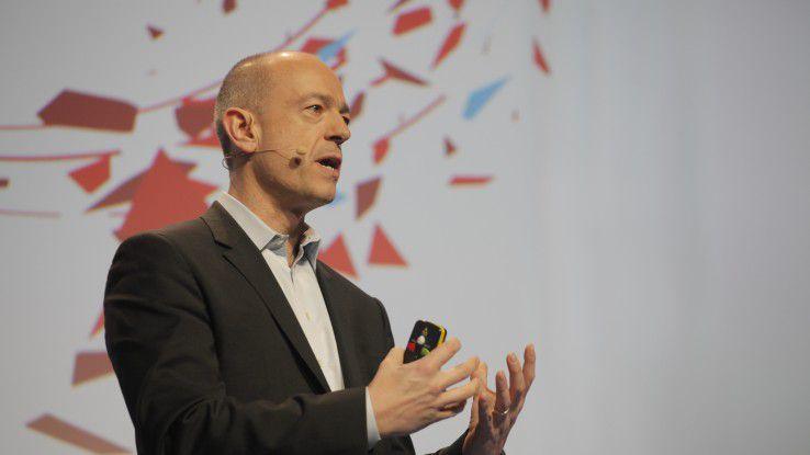 Simon Segars, CEO von ARM, auf dem Mobile World Congress 2016 in Barcelona.