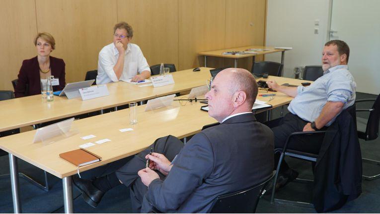 Dana Behncke (Microsoft Deutschland), Richard Werner (Trend Micro), Marcus Becker (Freudenberg IT) und Gastgeber Jürgen Hill (COMPUTERWOCHE) diskutieren die Ergebnisse der Cloud-Security-Studie 2016.
