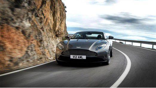 Aston Martin präsentierte seinen neuen Sportwagen DB11 im März 2016 auf dem Genfer Autosalon.