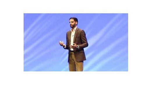 SAP-Manager Irfan Khan verspricht Anwendern mit HANA 1 eine stabile und bis Mai 2019 statische HANA-Plattform, mit HANA 2 dagegen eine Plattform, die zwei Mal im Jahr ausgebaut und erweitert wird.