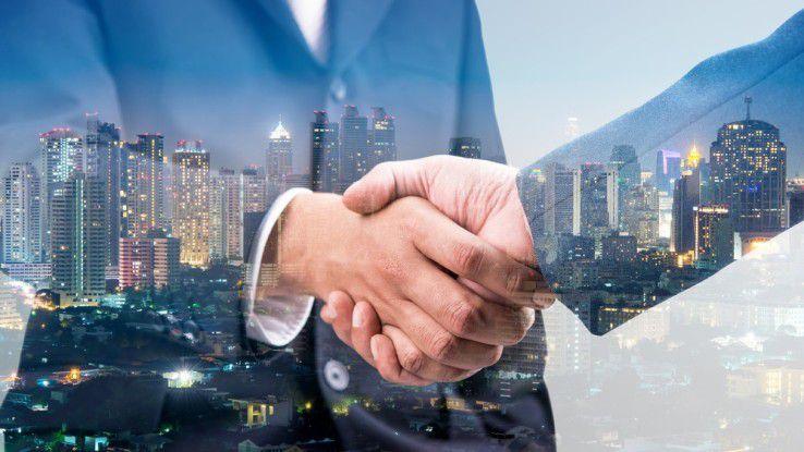 IBM und Salesforce bauen ihre strategische Partnerschaft aus.