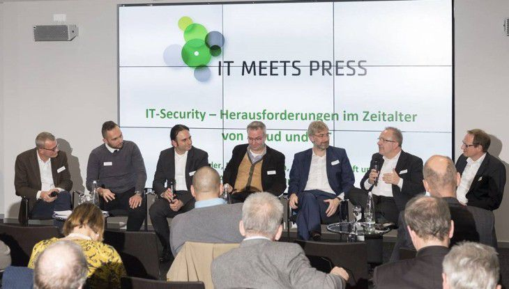 Die Diskutanten (v.l.n.r.): Christoph Witte (Moderator), Milad Aslaner (Microsoft), Tolga Erdogan (Dimension Data), Mirco Rohr (Bitdefender), Jörg Spilker (Datev), Matthias Reinwarth (KuppingerCole) und Wolfgang Miedl (Moderator).