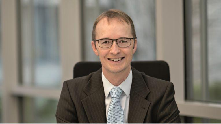 Aus Sicht von Oliver Henrich, Leiter für das Produkt-Marketing bei Sage in Deutschland, habe der Softwarehersteller in den vergangenen Jahren klar und deutlich kommuniziert, dass rund New Classic keine größeren Entwicklungsaktivitäten mehr geplant seien.