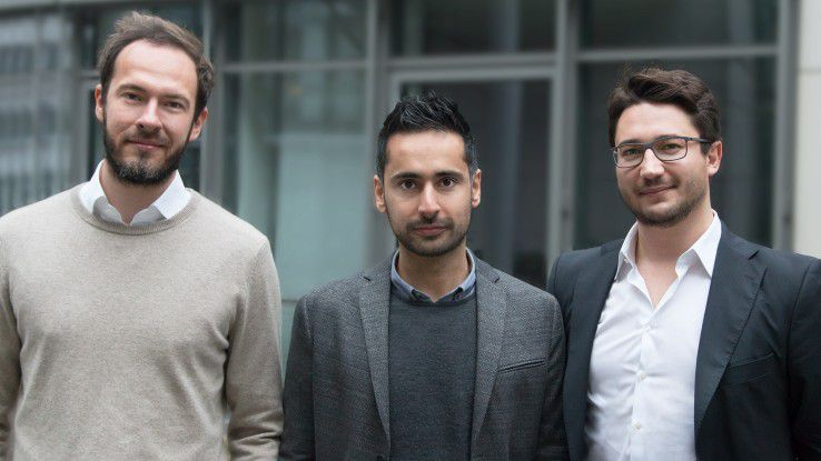 absence.io-Gründer Nikbin Rohany zwischen Philip Magoulas (links) und Alexander Henn (rechts), den beiden Gründern von Shore