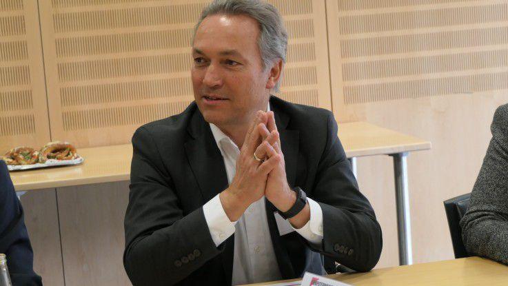 Carl Mühlner, Damovo: Der Arbeitsplatz der Zukunft betrifft nicht nur Knowledge Worker, sondern die ganze Belegschaft.