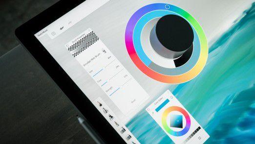 Das Surface Dial kann auch direkt auf den Bildschirm des Surface Studio aufgesetzt werden.