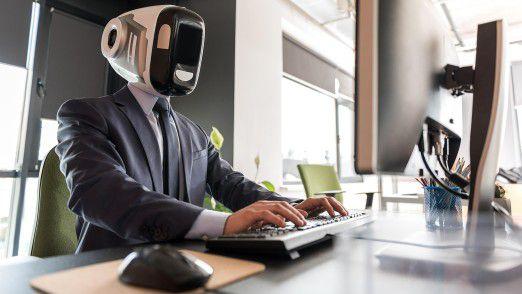 """Eine der größten Herausforderungen bei der Umsetzung von Analytics-Projekten in der Praxis ist der Umgang mit der Angst vor dem """"Kollegen Roboter""""."""