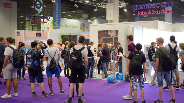 Auf dem sehr gut besuchten IDG-Karrierestand auf der gamescom konnten sich die Besucher über Einstiegsmöglichkeiten auch jenseits der Spielebranche informieren.