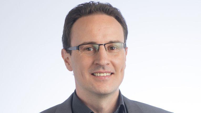 """Martin Pfisterer, Geschäftsführer der ElectronicSales GmbH: """"Gemeinsam mit unseren Kollegen von Layer Grosshandel freuen wir uns riesig über diese neuerliche Auszeichnung für den Shop!"""""""