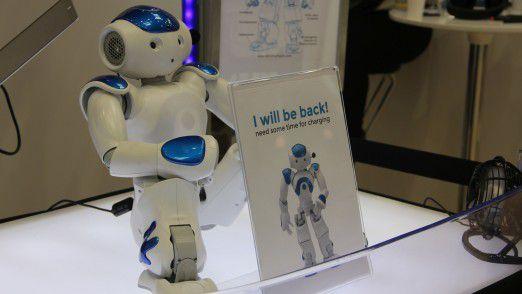 Auch Accenture unterstützt die These von einer Connected Industrial Workforce, bei der Mensch und Roboter zusammenarbeiten.