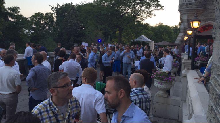 Die Atmosphäre der deutsche Feier war am Dienstag Abend in Toronto bestens.