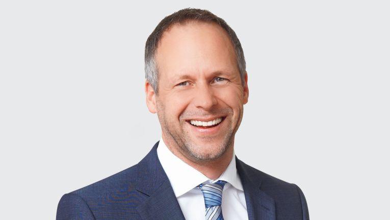 """""""Unternehmen sind gut beraten, eine ganzheitliche Mobilitätsstrategie zu erarbeiten."""" Olaf Niemeitz, Geschäftsführer bei Axians IT Security und Leiter der Division Vertrieb bei Axians IT Solutions"""