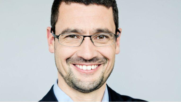 Dr. Frank Keller, Geschäftsführer von PayPal in Deutschland, Österreich und der Schweiz, will seinen Kunden den Umgang mit Geld im Smartphone-Zeitalter erleichtern.