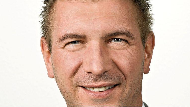 Uwe Gierstorfer, Geschäftsstellenleiter der Concat Saarbrücken, verfügt über langjährige Erfahrungen bei Beratung, Planung, Design und Umsetzung von Konzepten in den Bereichen Datacenter, Security, Netze sowie Speicher- und Backup-Lösungen.