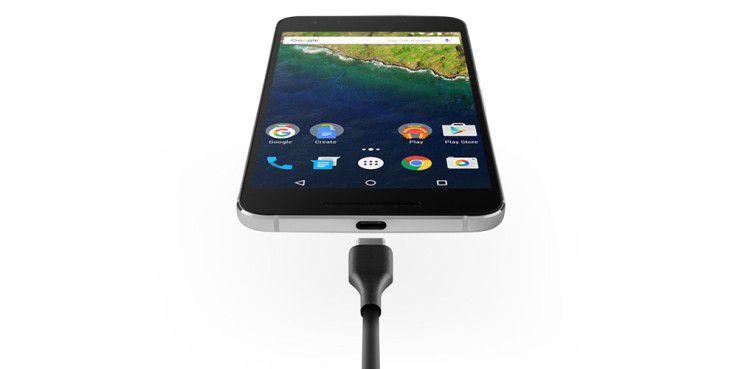 Das Google Nexus 6P kommt mit USB-Typ-C.