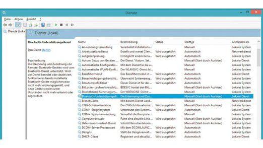 Anhand dieser Liste sehen Sie, welche Windows-Dienste aktuell ausgeführt werden. Hier gibt es einige überflüssige, die Sie getrost entfernen können – etwa den Bluetooth-Unterstützungsdienst, wenn Sie beispielsweise gar keine Bluetooth-Geräte nutzen.