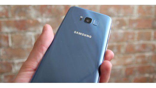 Das Design des Galaxy S8 ist sehr gelungen, Vorder- und Rückseite sind wie beim Note 7 symmetrisch zueinander.