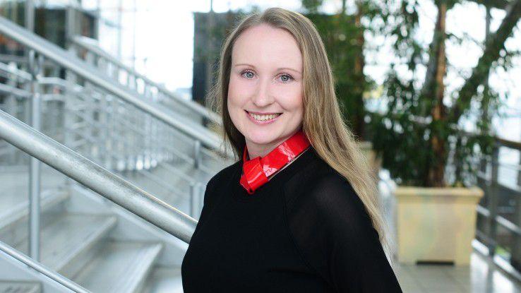 Oksana Näser leitet als Vice President den Bereich Business IT bei Rickmers Shipmanagement in Hamburg.