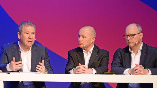 IT-Strategieradar mit BMW CIO Klaus Straub (v.l.), Markus Warg (Vorstand, Signal Iduna Group) und Holger Ewald (CIO bei Kuka)