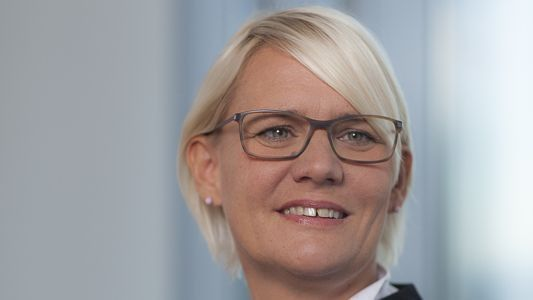 Manuela Bieß leitet die IT bei der Helaba.