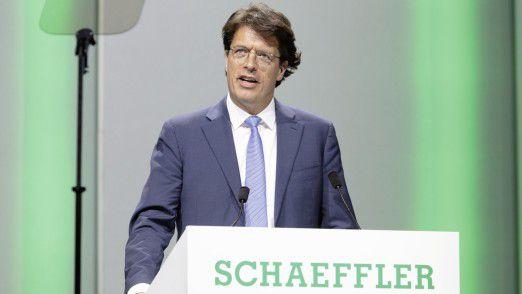 Klaus Rosenfeld, Vorsitzender des Vorstands, bei seinem Bericht anlässlich der Hauptversammlung der Schaeffler AG in der Nürnberger Frankenhalle.