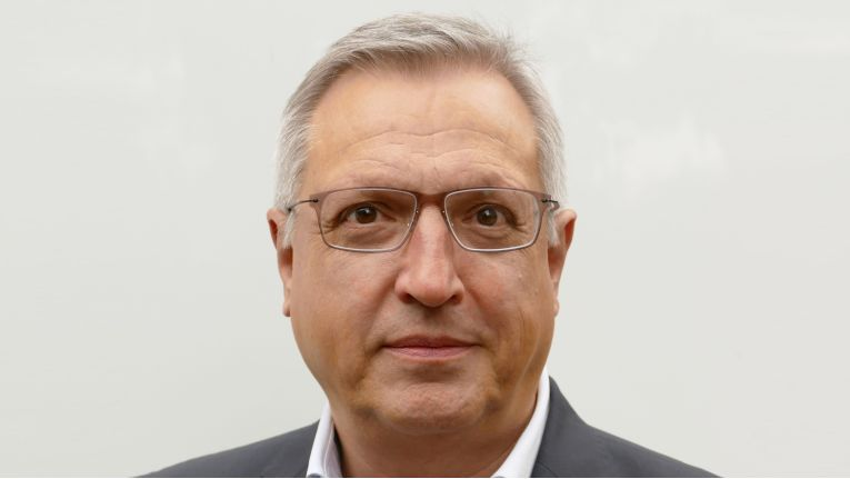 Walter Schumann wird neuer Vice President Sales & Marketing bei Rohde & Schwarz Cybersecurity.