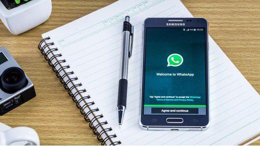 """Mit der App """"WhatsApp Business"""" drängt der Kurzmitteilungsdienst ins Business."""