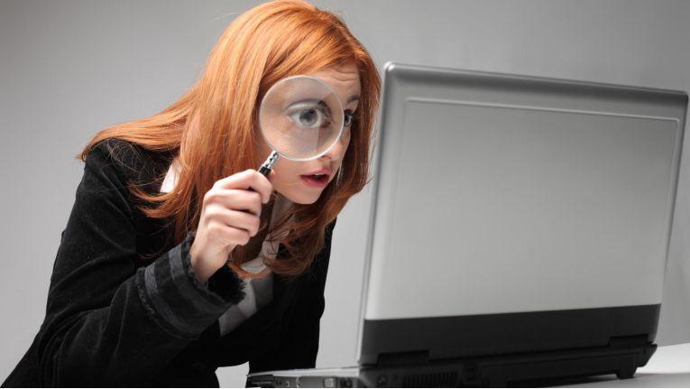 Auch Firmenkunden haben keine Lust, im Web viele Seiten zu durchblättern, wenn sie auf der Suche nach einem Produkt sind. Unternehmen, die wenig oder gar keine SEO-Maßnahmen betreiben verschenken damit oft großes Neukunden-Potenzial.