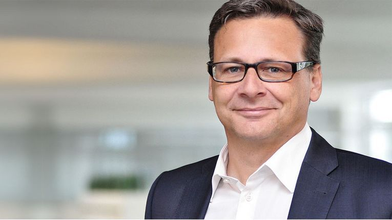 """Jan Schwarzenberger Leiter Einkauf und Prokurist bei Synaxon: """"Neue interessante Bezugsquelle eröffnet."""""""