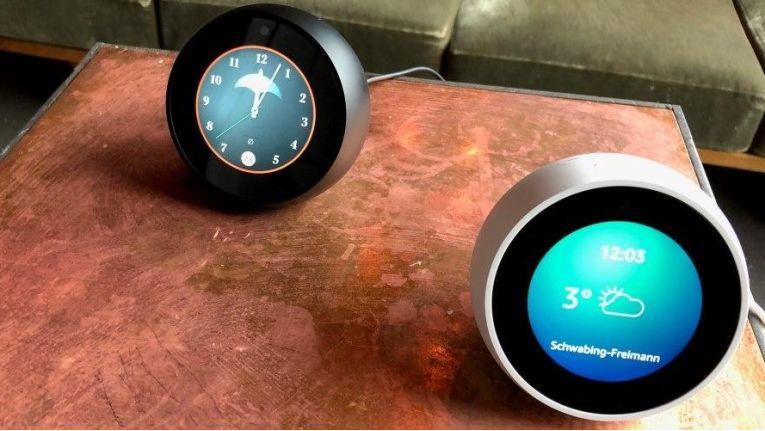 Echo Spot mit Amazon Alexa und 2,5-Zoll-Touchscreen im Test