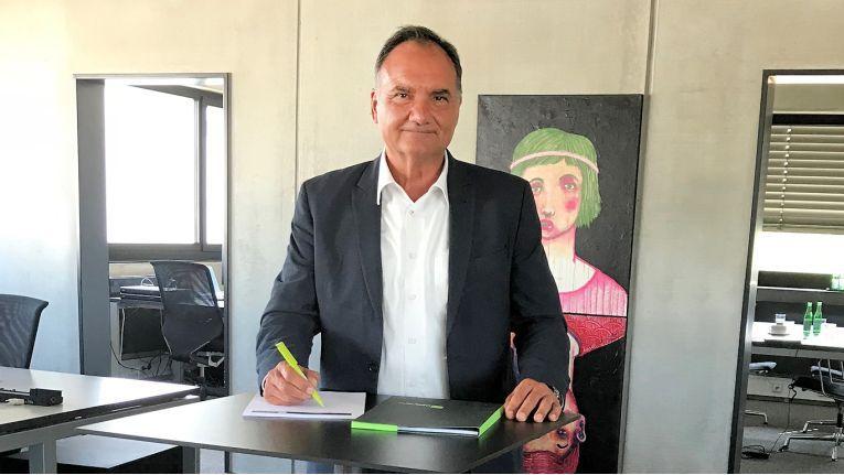 Eugen Straub, zukünftiger Vertriebschef bei der SIG, engagiert sich zudem als Präsident des Fußball Kultur Vereins Neu-Ulm e.V., der neben dem Sport auch kulturelle Einrichtungen und bedürftige Personen über Spenden unterstützt.