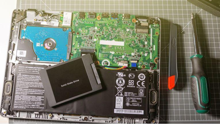 Arbeits- und Datenspeicher lassen sich in einem Notebook meistens problemlos und schnell wechseln, auch ohne Vorkenntnisse.