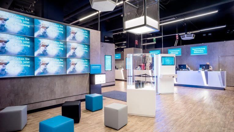 Viel Digitaltechnik soll Kunden das Erleben der neuesten Produkte erleichtern
