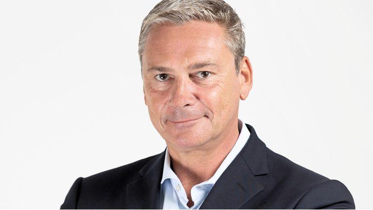Der neue General Manager bei MicroStrategy, Merten Slominsky, kennt sich besonders in den Bereichen Strategieentwicklung, Organisation und Operations, Großkundenvertrieb sowie dem Aufbau von Vertriebskanälen aus.